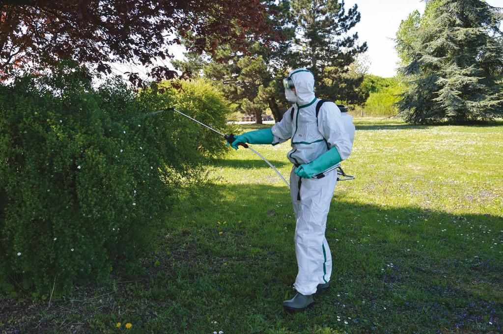 Prenez vos précautions quand vous utilisez des produits phytosanitaires