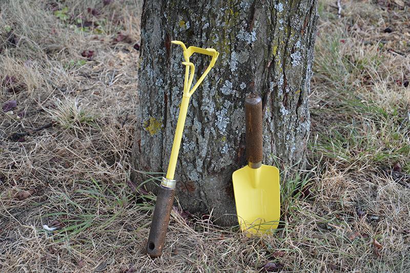 Les outils de base du jardin 1 travail du sol et plantations blog oleomac - Outil pour enlever les mauvaises herbes ...