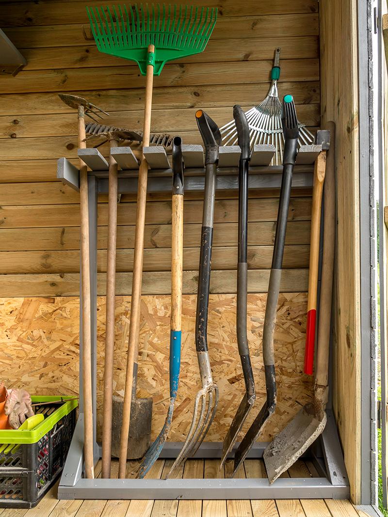 En janvier on continue l 39 entretien du jardin blog oleomac for Entretien outils jardin
