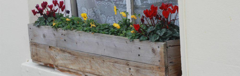 Diy Jardiniere En Bois De Palette Blog Oleomac