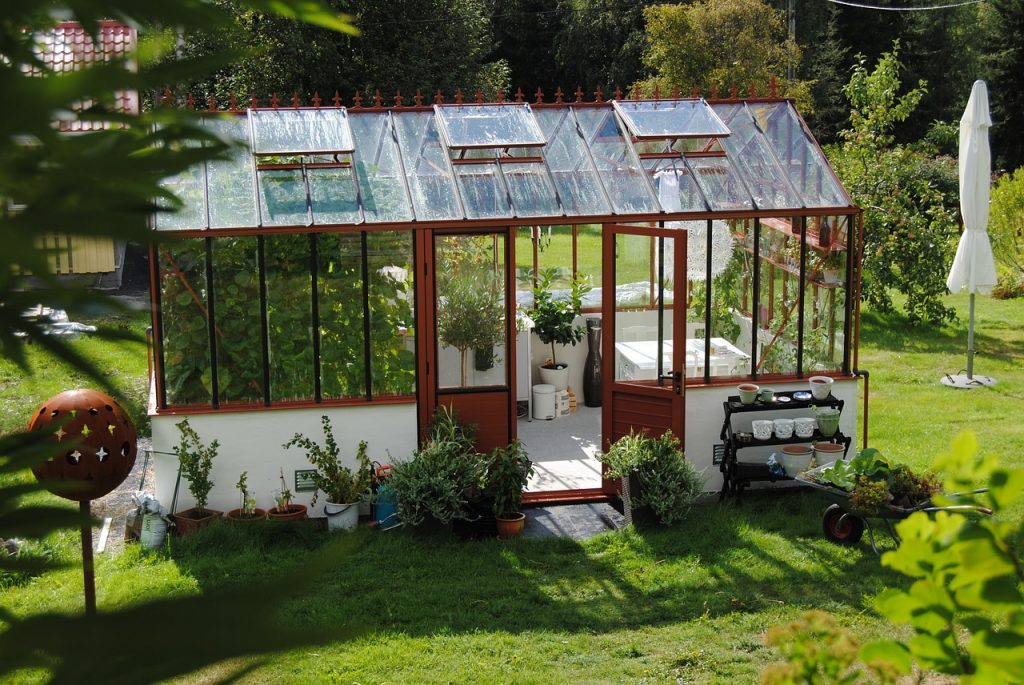greenhouse-1192872_1280